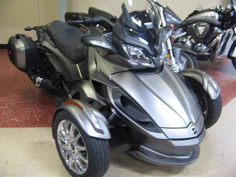 2014 Can-Am Spyder® ST Limited in Escondido, California