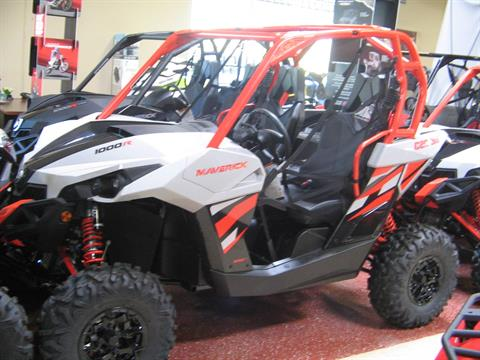 2017 Can-Am Maverick DPS in Escondido, California