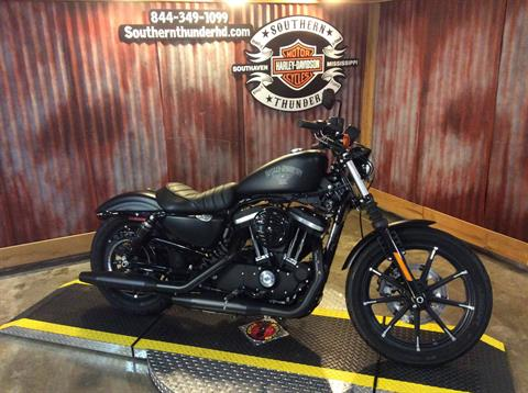 2016 Harley-Davidson Iron 883™ in Southaven, Mississippi
