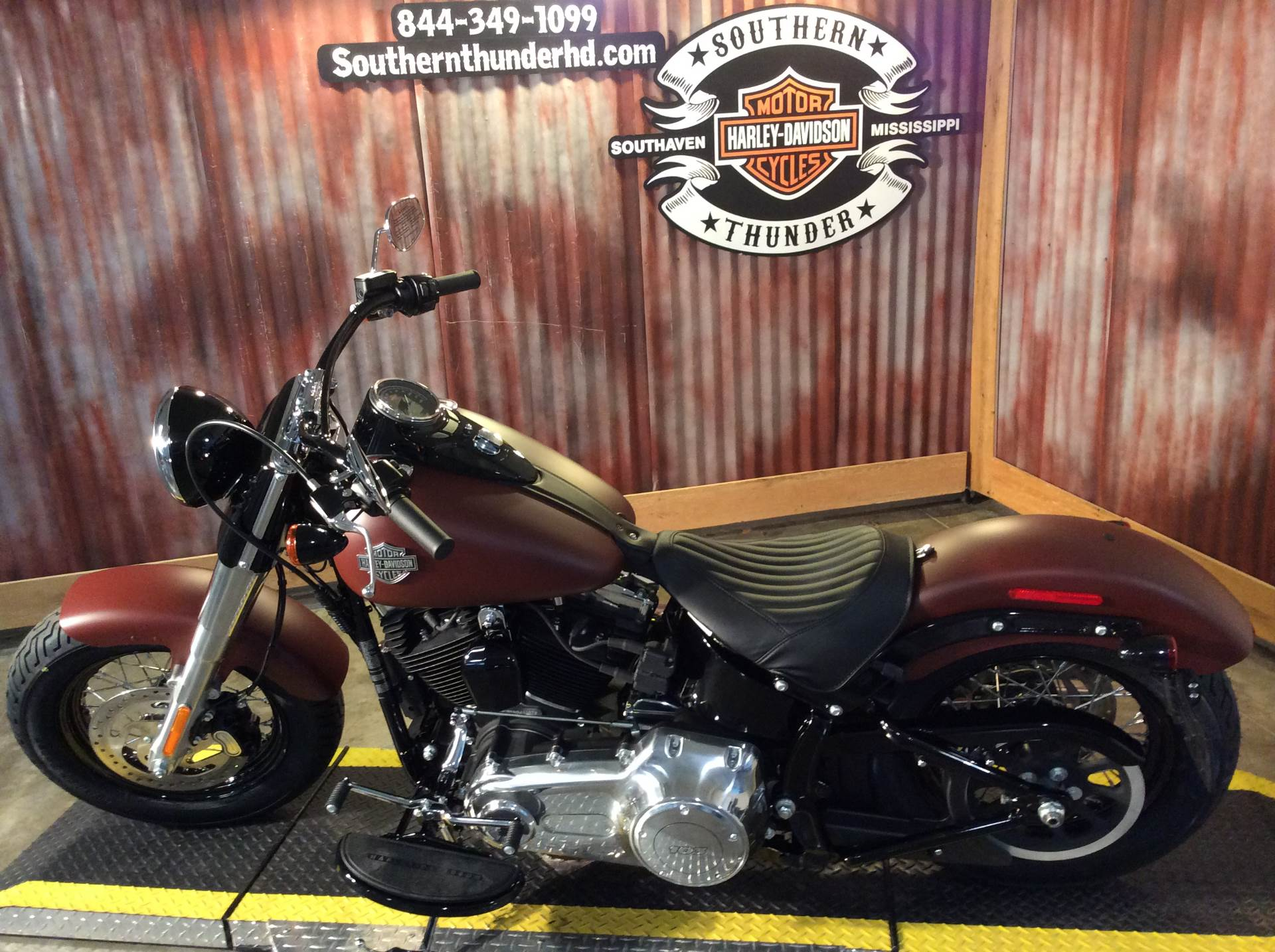 2017 Harley-Davidson Softail Slim® in Southaven, Mississippi