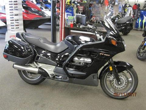 1999 Honda ST1100 in Metuchen, New Jersey