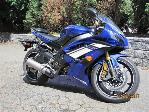 2012 Yamaha YZF-R6 in Metuchen, New Jersey