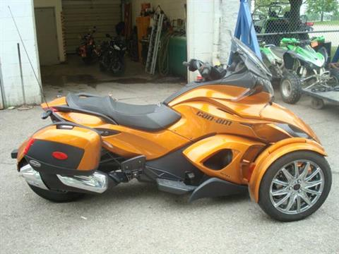 2014 Can-Am SPYDER ST-LTD in Columbus, Ohio