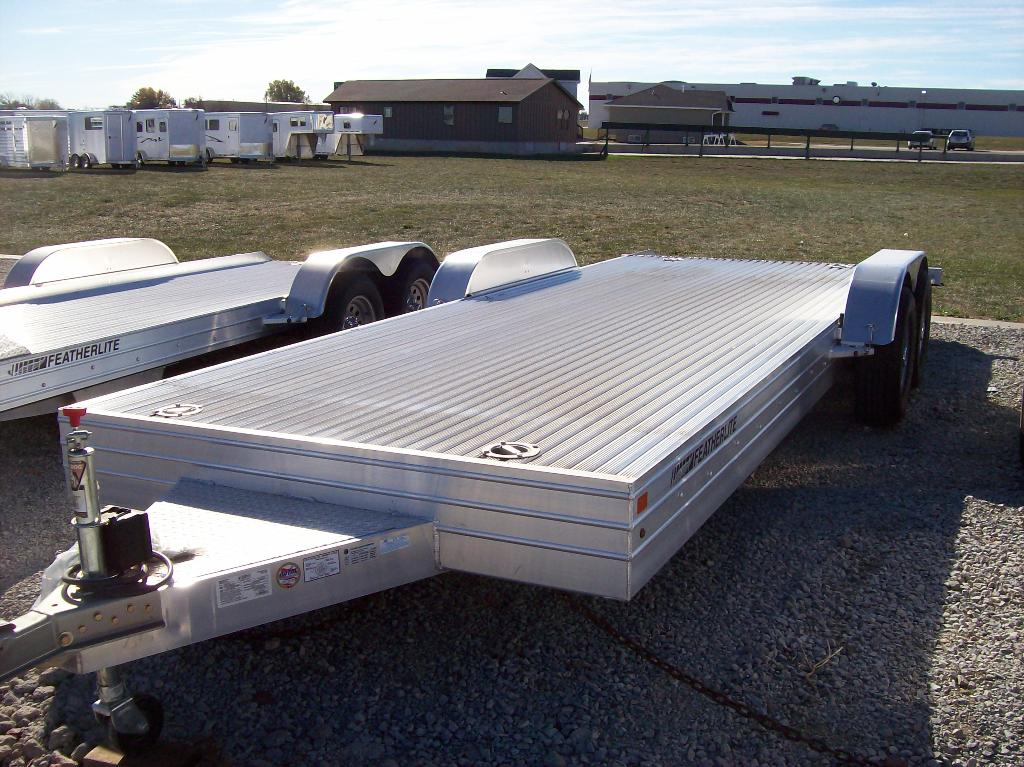 2013 Featherlite Trailers 3110-0020 in Roca, Nebraska