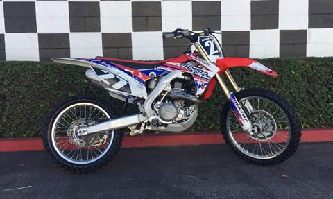 2015 Honda CRF®450R in Costa Mesa, California