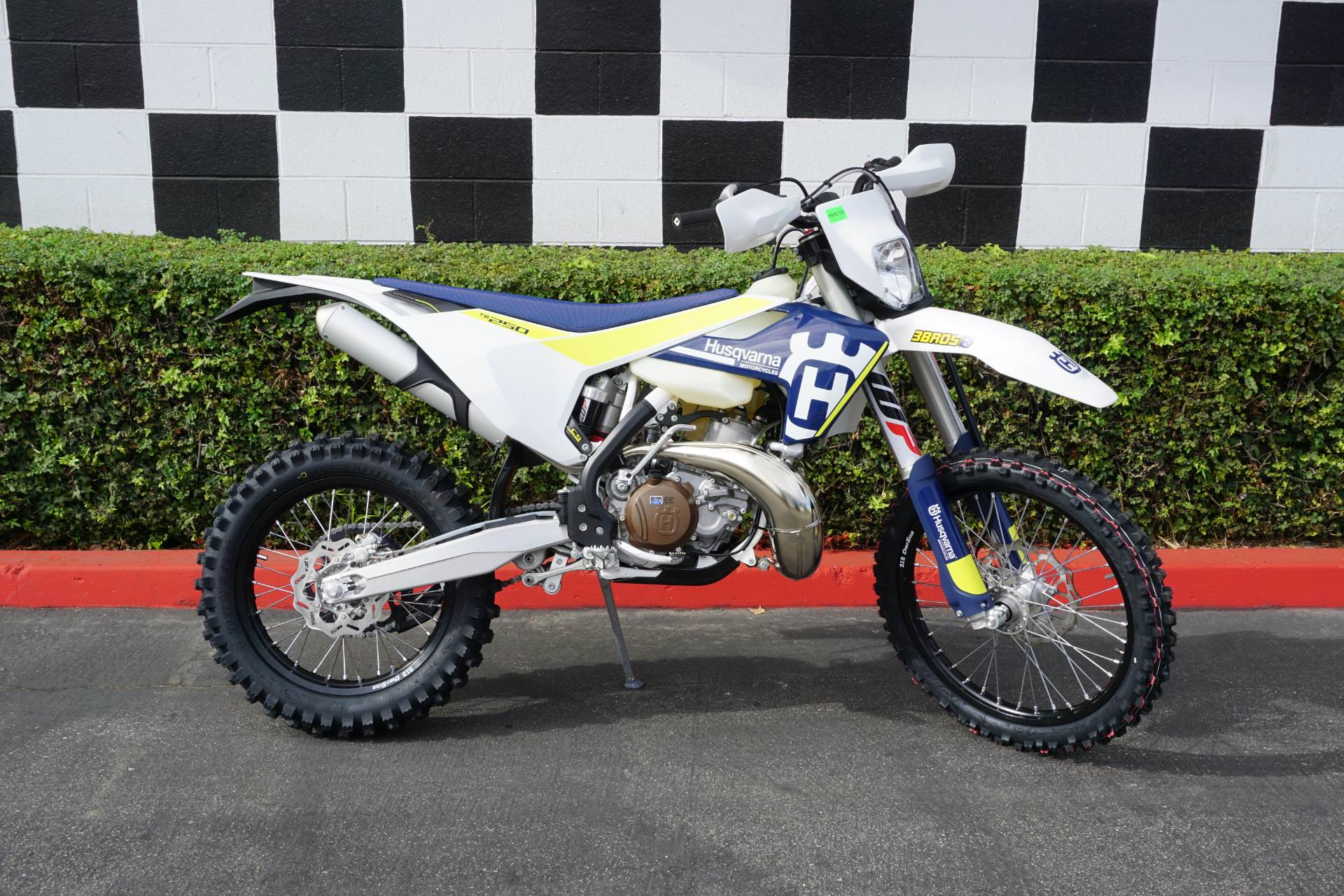2017 Husqvarna TE 250 in Costa Mesa, California