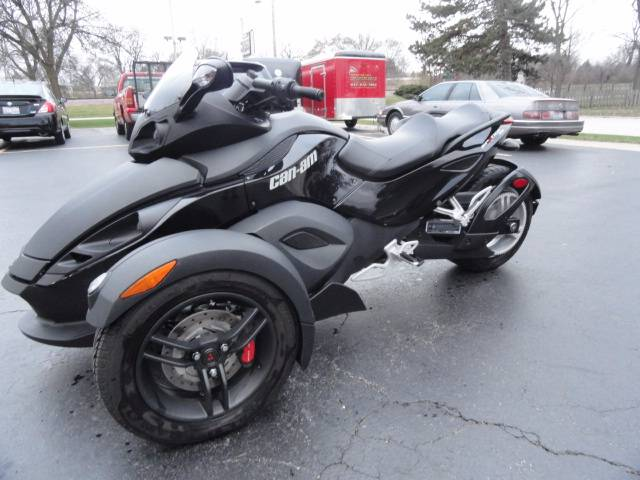 2012 Can-Am Spyder® RS-S SM5 in Arlington Heights, Illinois