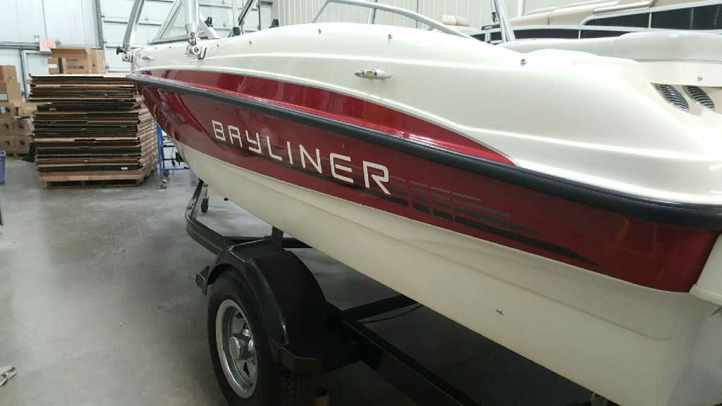 2011 Bayliner 185 BR in Round Lake, Illinois