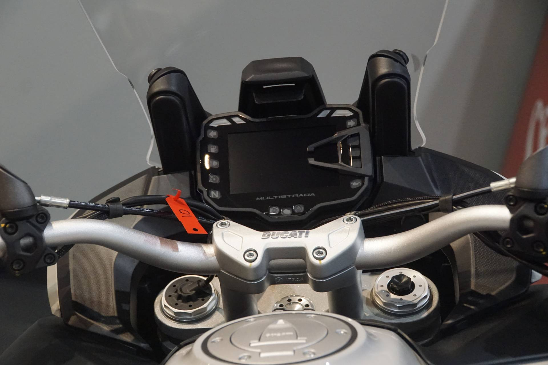2020 Ducati Multistrada 950 S Spoked Wheel in Elk Grove, California - Photo 10