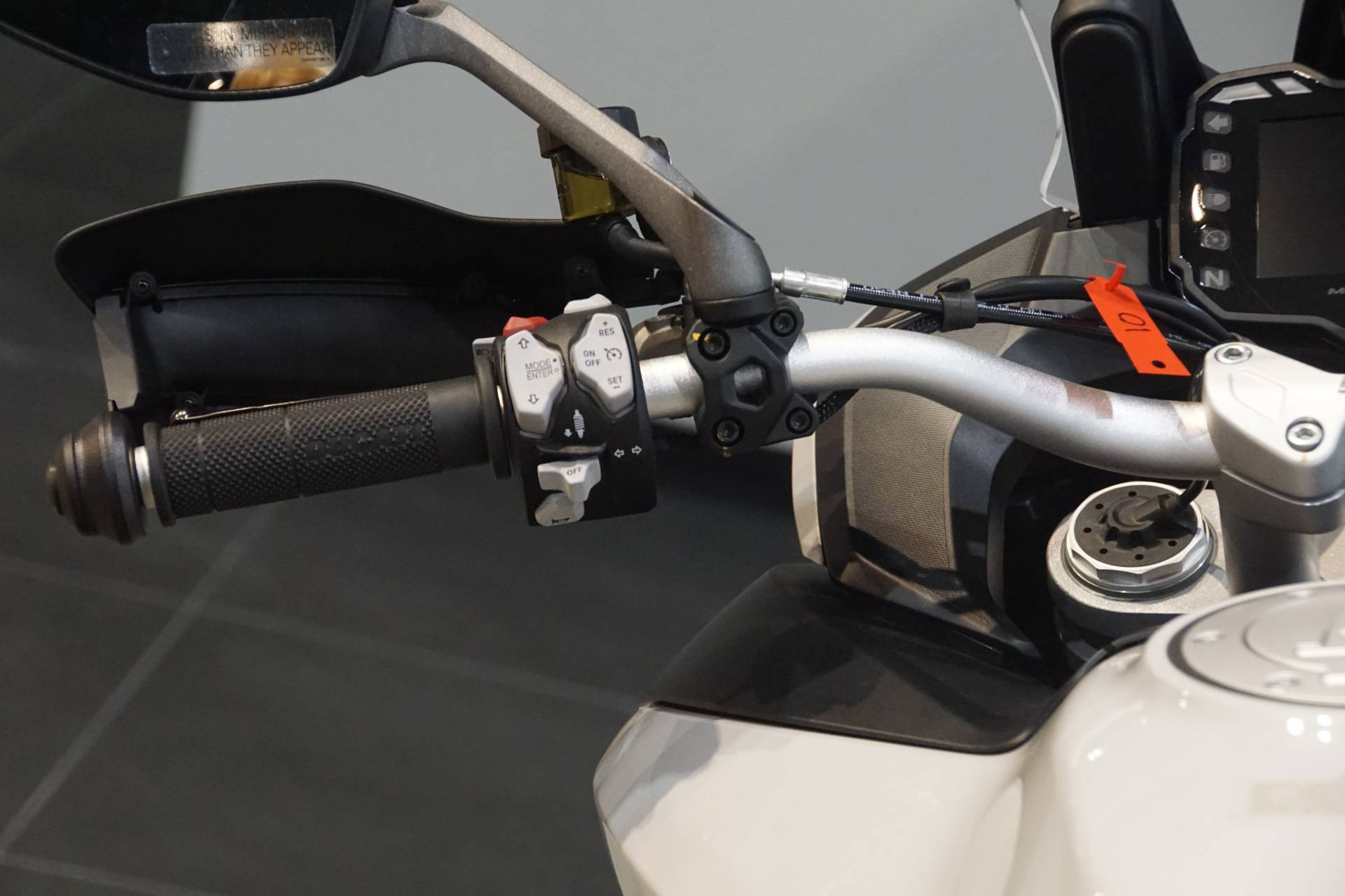 2020 Ducati Multistrada 950 S Spoked Wheel in Elk Grove, California - Photo 12
