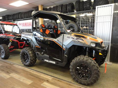 2017 Polaris General 1000 EPS Deluxe in Denver, Colorado