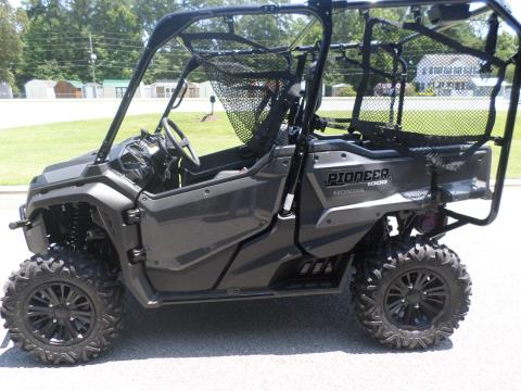 2016 Honda Pioneer 1000-5 Deluxe in Greenville, North Carolina