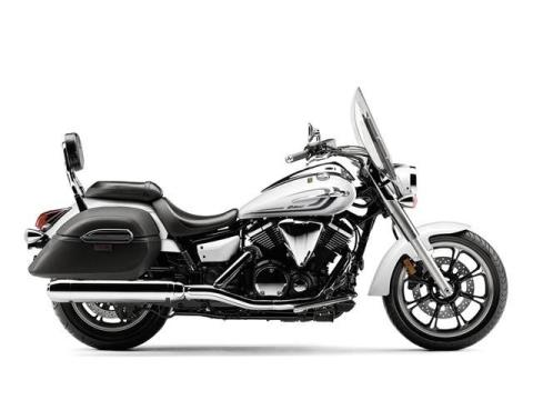2015 Yamaha V Star 950 Tourer in Billings, Montana