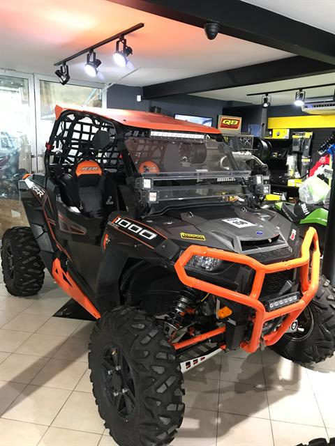 2015 Polaris RZR® XP 1000 EPS in Residencial Santo Domingo, Santo Domingo Oeste