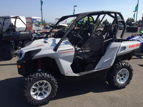 2016 Can-Am Commander DPS 800R in Brilliant, Ohio