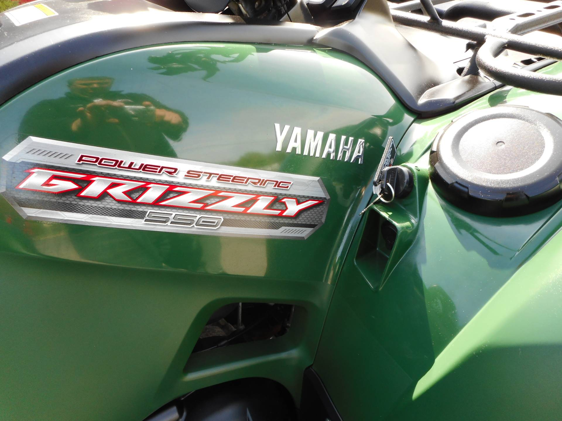 2012 Yamaha Grizzly 550 FI Auto. 4x4 EPS in Janesville, Wisconsin