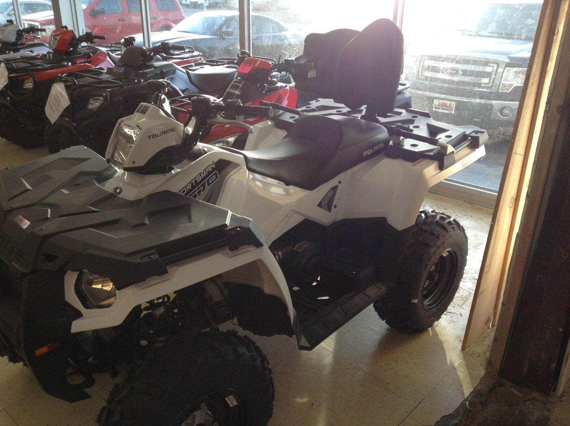 2017 Polaris Sportsman Touring 570 EPS in Clovis, New Mexico