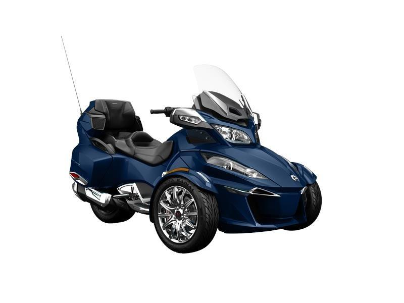 2016 Can-Am Spyder RT Limited in Fond Du Lac, Wisconsin