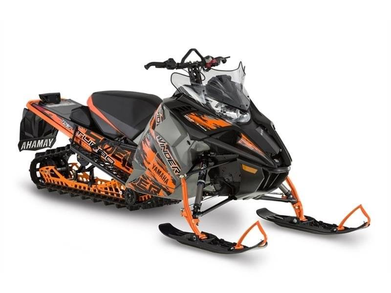 2017 Yamaha Sidewinder B-TX SE in Tamworth, New Hampshire