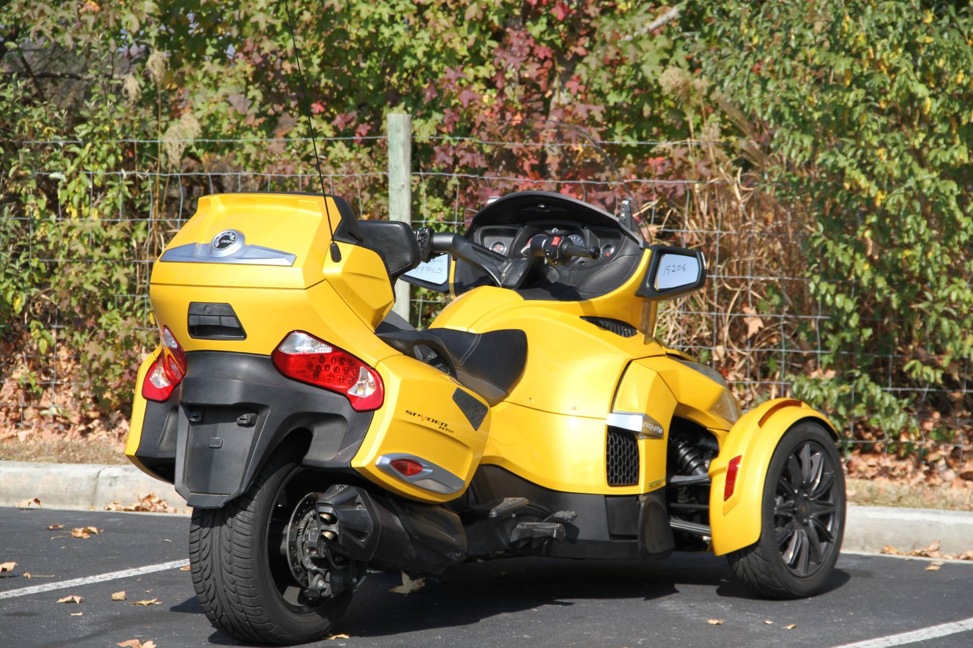 2014 Can-Am Spyder® RT-S SM6 in Hendersonville, North Carolina