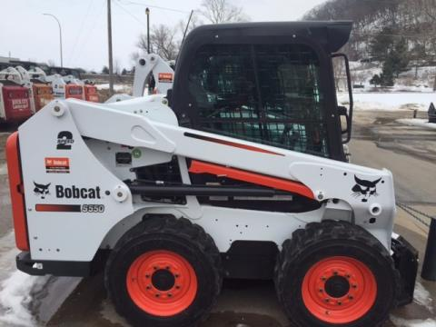 2015 Bobcat S550 in La Crescent, Minnesota