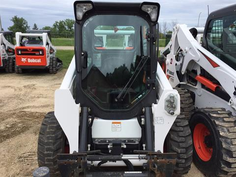 2016 Bobcat S590 in La Crescent, Minnesota