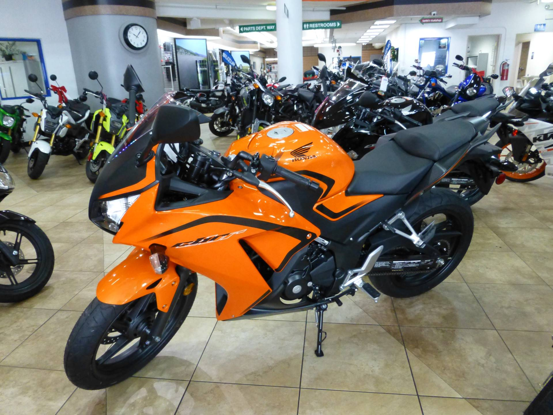 2016 Honda CBR300R ABS in Pompano Beach, Florida