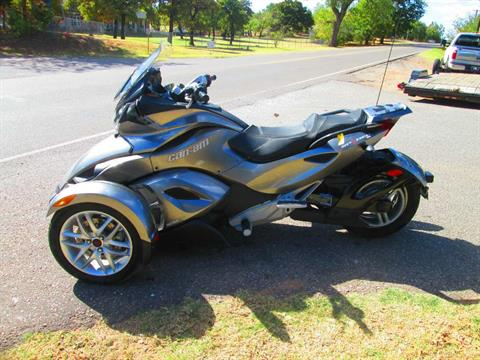 2013 Can-Am Spyder® ST SM5 in Jones, Oklahoma