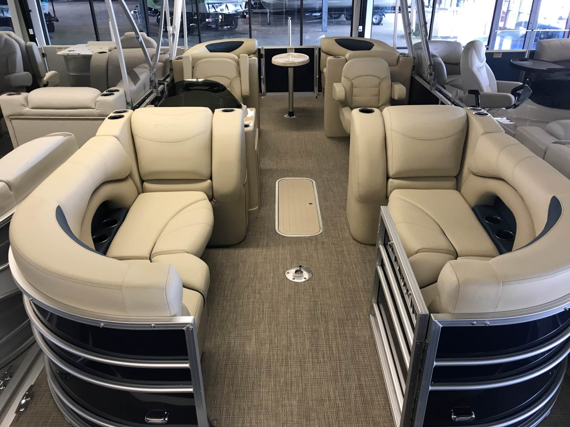 2017 Sylvan 8522 LZ in Fort Worth, Texas
