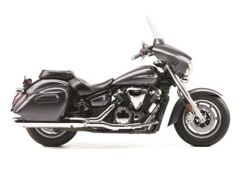 2014 Yamaha V Star 1300 Deluxe in Monroe, Washington