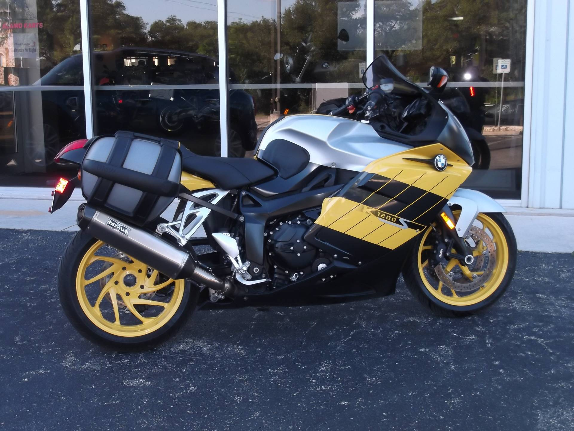 2005 BMW K1200S in Boerne, Texas