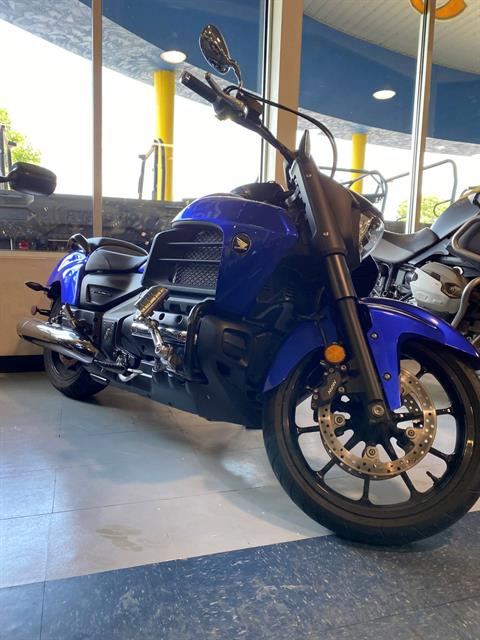 2014 Honda Gold Wing® Valkyrie® in Iowa City, Iowa