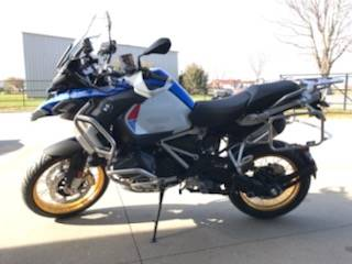 2020 BMW R 1250  GS Adventure in Iowa City, Iowa - Photo 4
