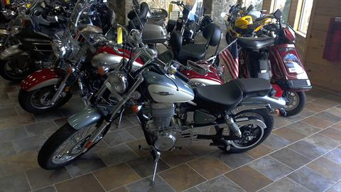 2014 Suzuki Boulevard S40 in Honesdale, Pennsylvania