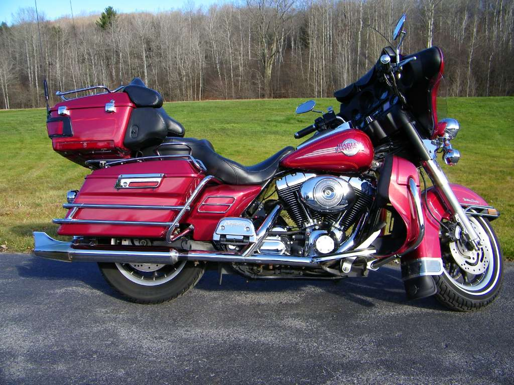 2005 Harley-Davidson FLHTCUI Ultra Classic® Electra Glide® in Galeton, Pennsylvania