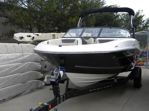 2017 Bayliner VR5 Bowrider in Young Harris, Georgia