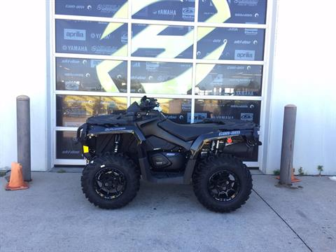 2017 Can-Am Outlander XT-P 850 in Grimes, Iowa
