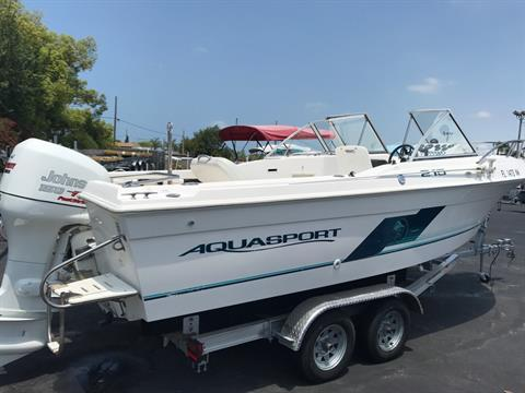 1998 Aquasport 215 DC in Holiday, Florida
