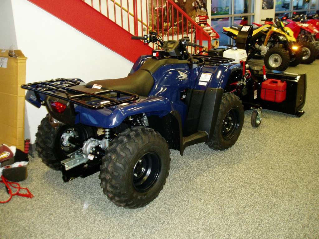 2016 Honda Rancher AT 4x4 w/ Verco Snowblower Attatchment in Menominee, Michigan