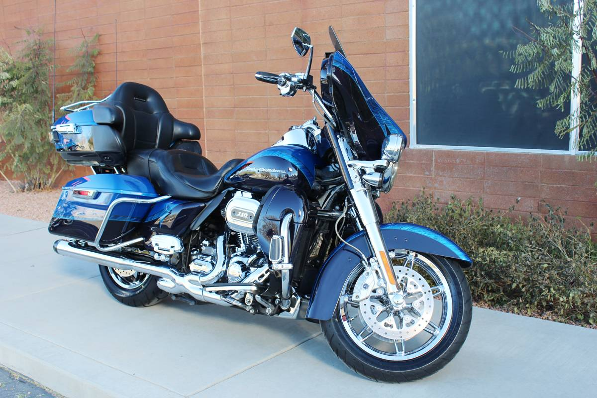2014 Harley-Davidson CVO™ Limited in Kingman, Arizona