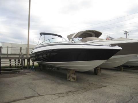 2016 Crownline 275SS in Osage Beach, Missouri