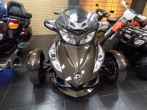 2012 Can-Am Spyder® RT Limited in Chanute, Kansas