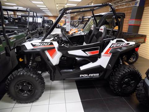 2015 Polaris RZR® S 900 in Chanute, Kansas