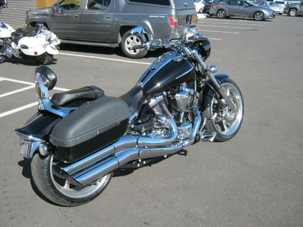 2010 Yamaha Raider S (XV1900 S) in Pataskala, Ohio