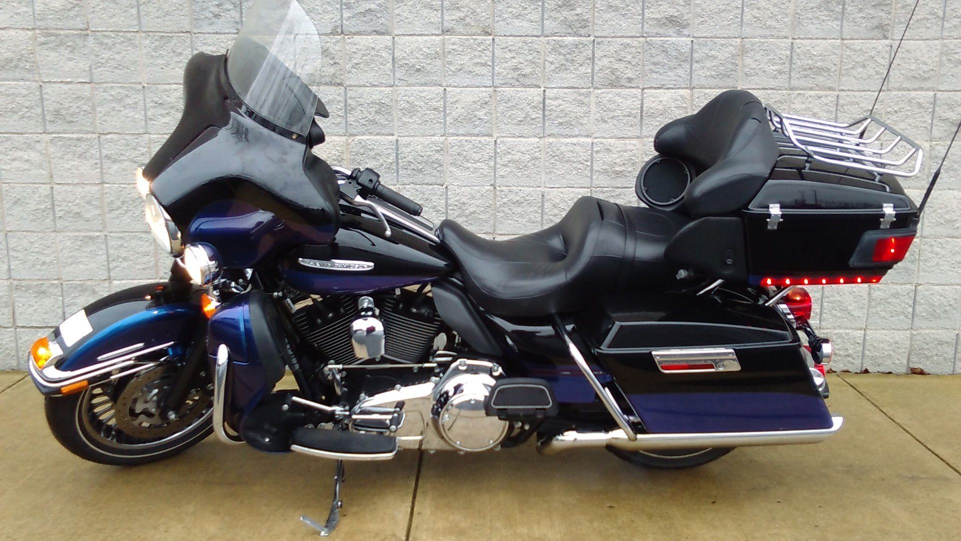 2010 Harley-Davidson Electra Glide® Ultra Limited in Monroe, Michigan