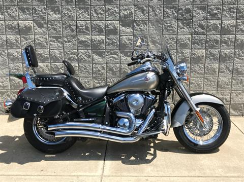 2010 Kawasaki Vulcan® 900 Classic LT in Monroe, Michigan