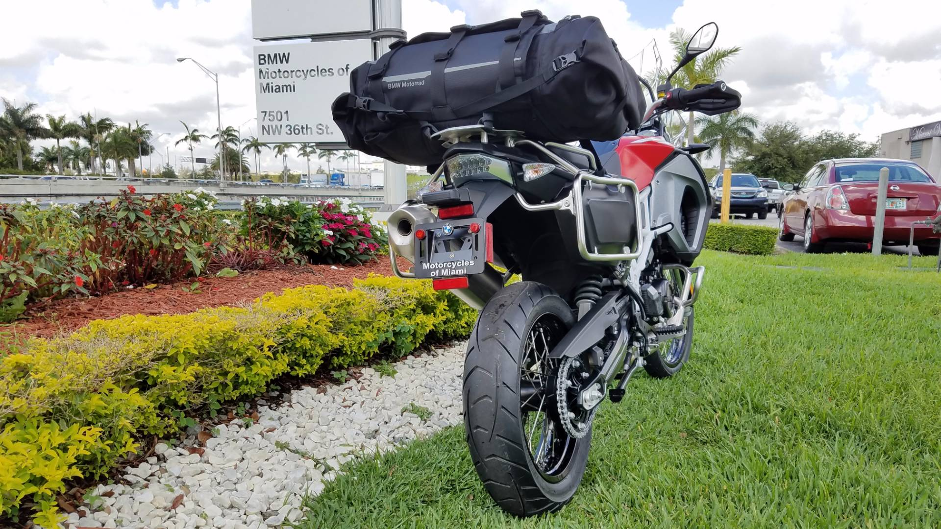 New 2017 BMW F 800 GSA For Sale free Atacama Duffel Top Bag, BMW F 800 GS Adventure For Sale, BMW Motorcycle F 800 GSA, new BMW f 800 Adventure, New BMW Motorcycle