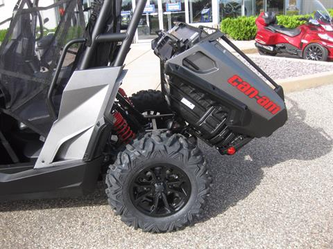2017 Can-Am Commander Max XT 1000 in Wisconsin Rapids, Wisconsin