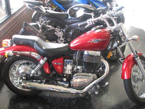 2015 Suzuki Boulevard S40 in Broken Arrow, Oklahoma