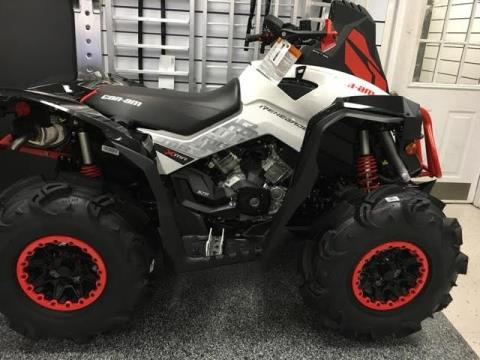 2017 Can-Am Renegade X mr 570 in Greenville, South Carolina